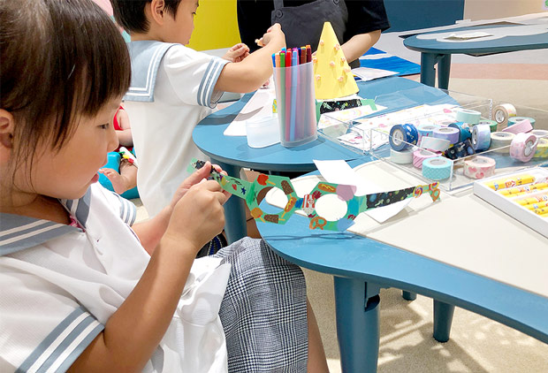 幼児から小学生まで楽しめる「OYACO nohana(オヤコノハナ)」のワークショップはマステやシール使い放題