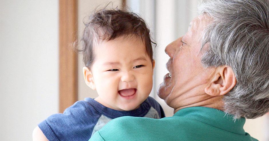 孫の成長を楽しみにしているじいじ・ばあばにとって孫の写真は何よりのプレゼント