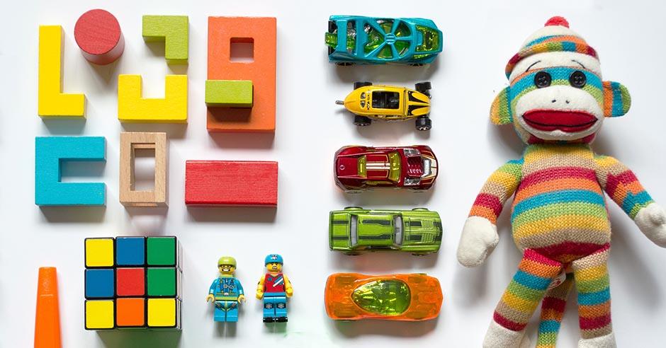 子どもの工作やおもちゃ・子供服の整理方法