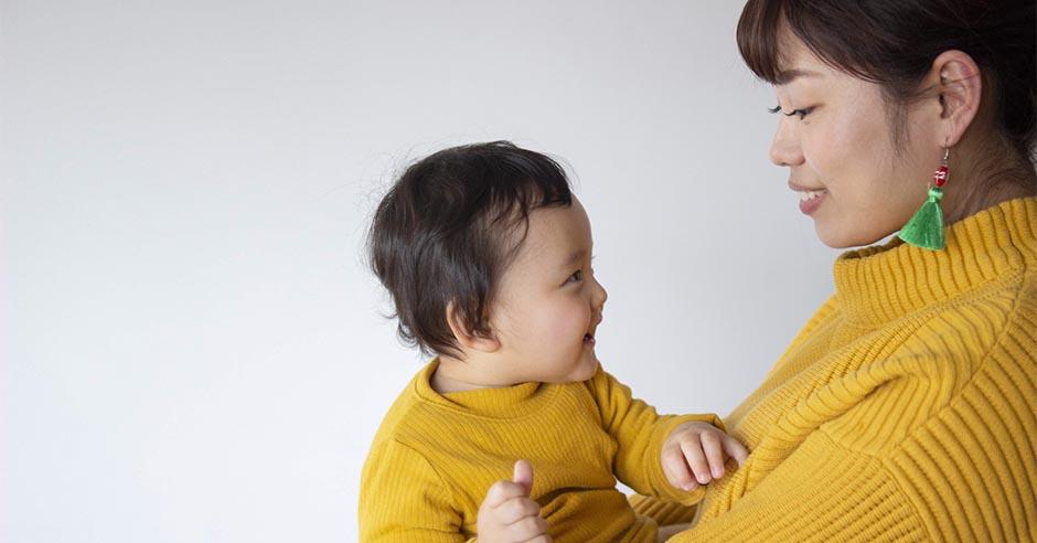 赤ちゃんと一緒に下半身のトレーニング
