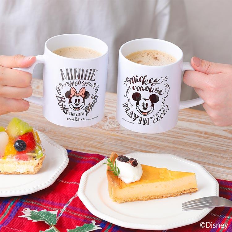 ミッキーとミニーのマグカップ ケーキ