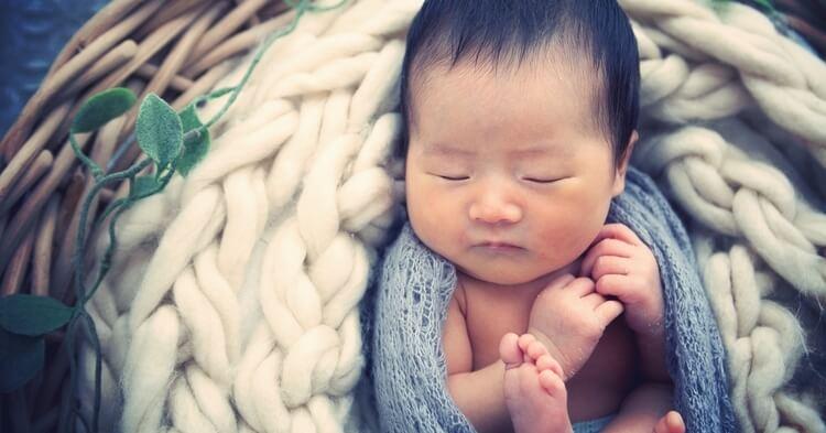ニューボーンフォト_寝てる赤ちゃん